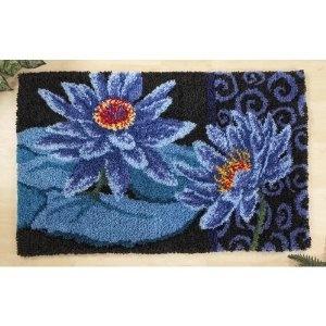 Waterlily latch hook rug