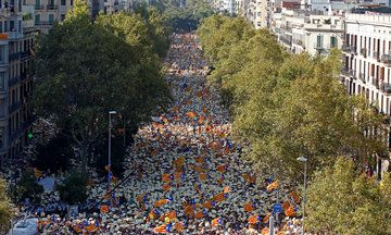 Hundreds Of Thousands Rally For Catalan Independence In Spain