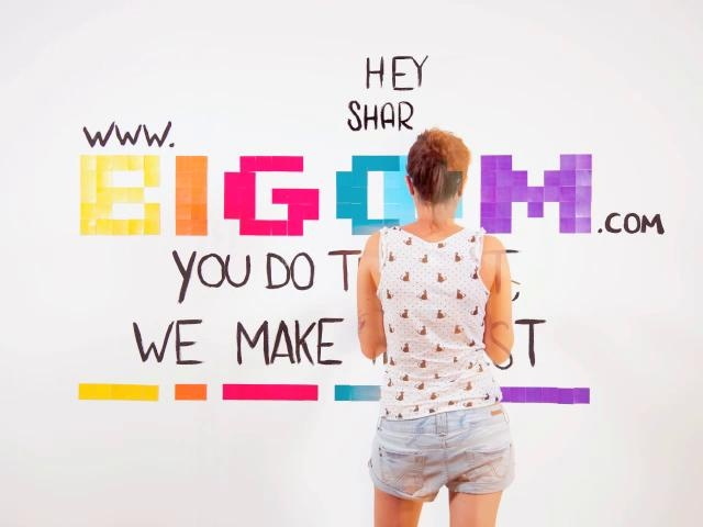 Bigoom lets you sell prints of your images to friends and fans, without actually having to…print them! :)  It's an innovative service that will transform the way you use your web space.    Created by:  Ruggero Frigoli - ruggerofrigoli@gmail.com  Alessandra Renis - alessandrarenis@gmail.com
