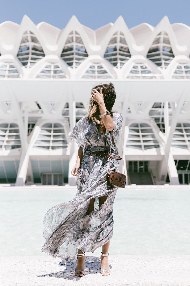 Why not take inspiration from Sara Escudero and throw on a semi transparent chiffon dress, accessorised with a belt and silver heels!