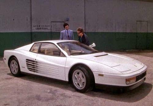 Monkey Motor: Venden una de las dos Ferrari Testarossa que se us...