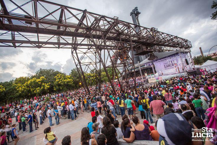 ACRÓBATAS DE PEKÍN  #FestivalSantaLucía #FISL2015 #FISL #LasArtesALaCalle #Monterrey #TurismoNL #NuevoLeonExtraordinario #ParqueFundidora #NuevoLeón #Festival #Danza #Musica #Artes #Arts #Ballet #Performance #Music
