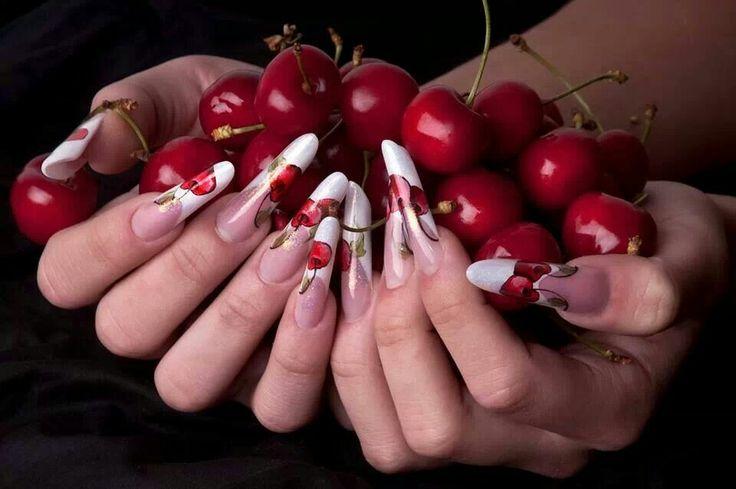 Nails unghie ciliegie