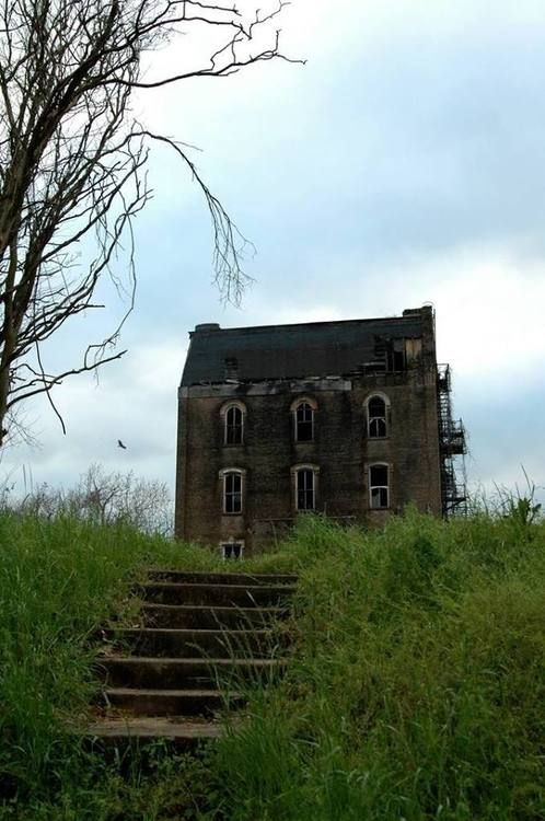 abandoned manor | Tumblr