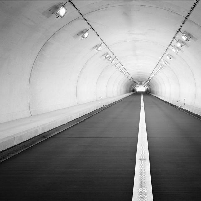 Beppu Tunnel (© Michael Levin)