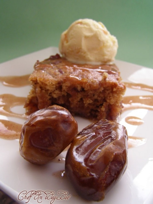 date and walnut  pudding cake