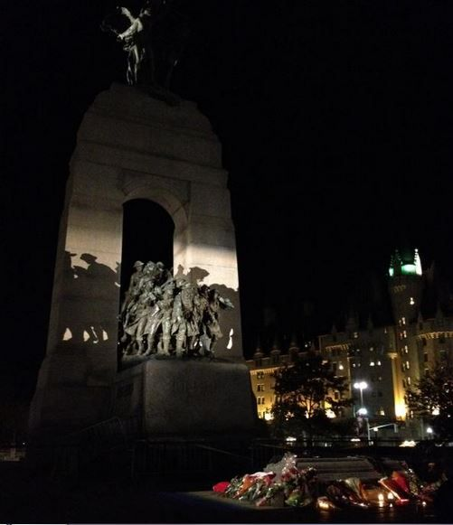 A peaceful War Memorial in Ottawa