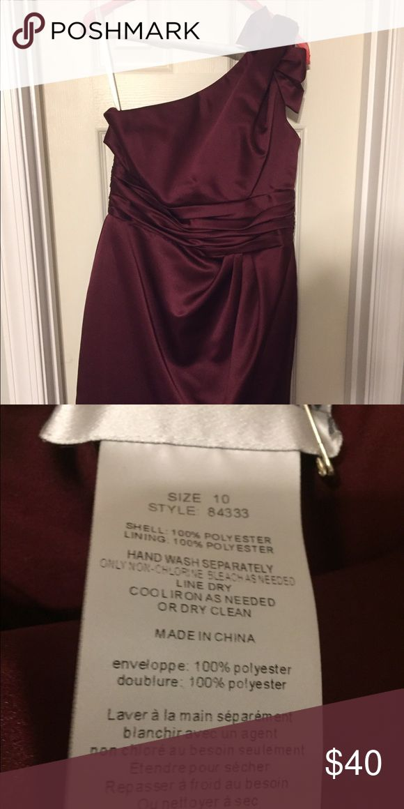 Bridesmaid Dress, never altered, worn once Maroon knee length bridesmaid gown David's Bridal Dresses One Shoulder