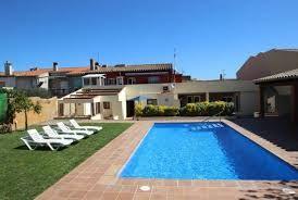 Villa espagnole, idéale pour plusieurs familles ou des petits groupes. Un endroit parfait pour profiter de la vie espagnole à Calonge.