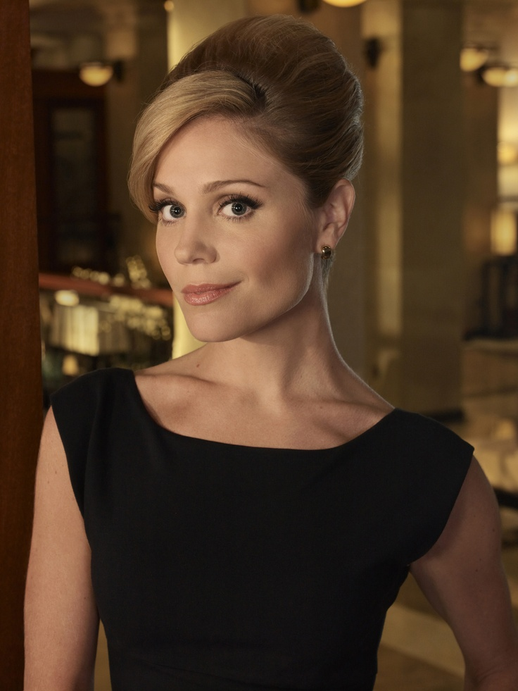 Season 1 Episode #2 - Priceless . . . . . . . . . . ~Lauren Outfit 2)  Black scoop neck dress with low V-back and gold earrings