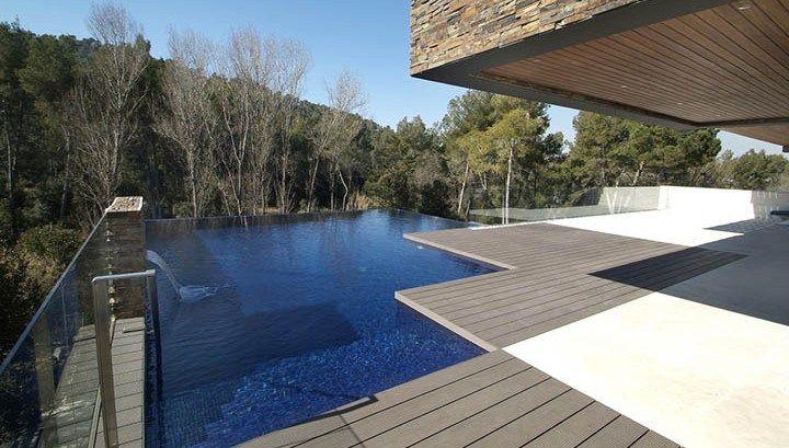 Бассейн типа Infinity, вдохновение от природы