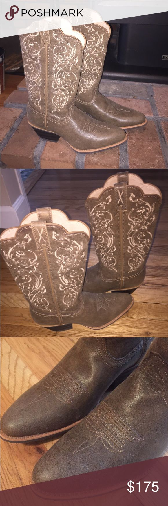 Country Outfitter Women's Cowgirl boots BRAND NEW! Beautiful sewn design. These were a gift and are in perfect condition. Only wore once. No scuffs or rips. country outfitter Shoes Heeled Boots