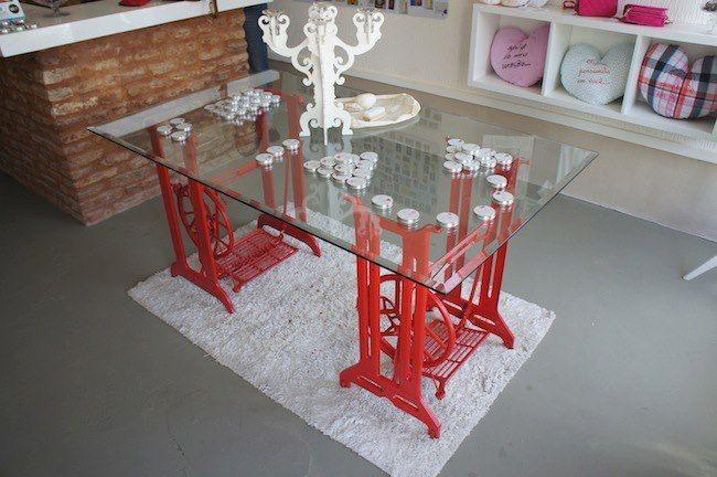 Resultado de imagen para mesa com pé de maquina de costura