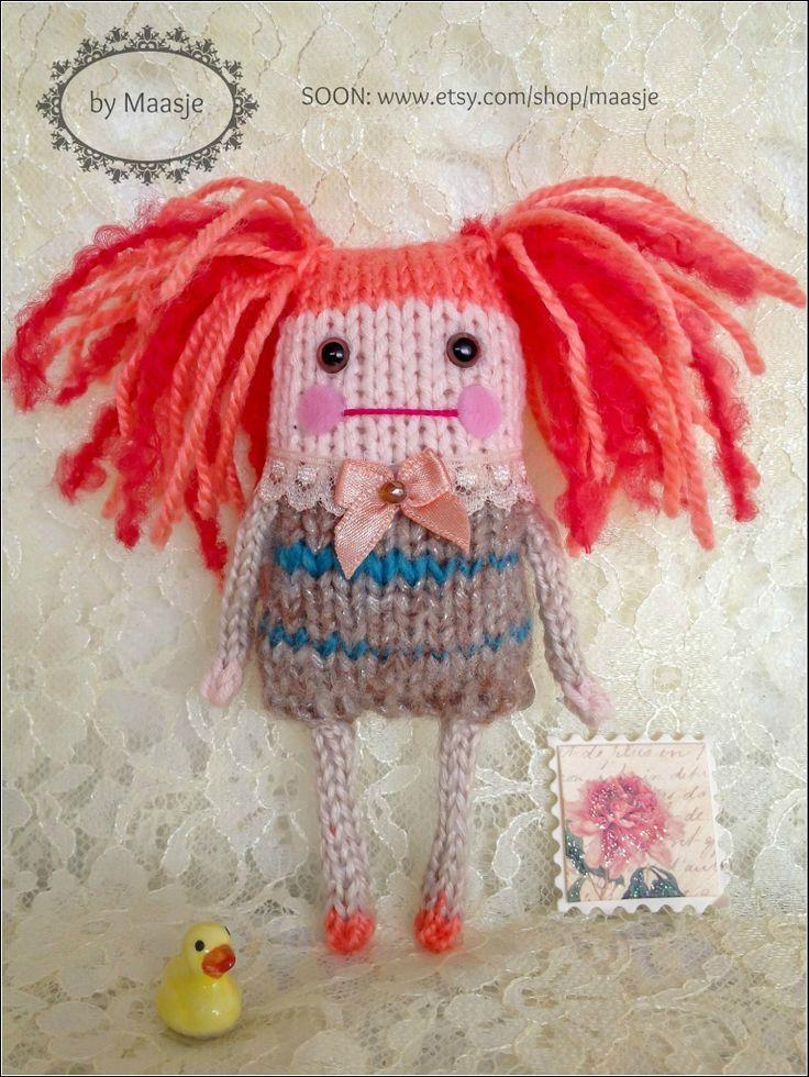 Knitted pocket doll by Maasje www.facebook.com/maasjecustoms www.etsy.com/shop/maasje