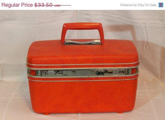Best 25  Hard sided luggage ideas on Pinterest   Pantone book ...