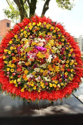 feria de las flores medellin winner flower festival medellin