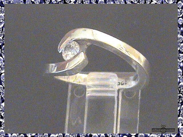 anillos de compromiso 3 meses de sueldo en Veracruz México y anillos matrimoniales https://www.webselitemx.com/anillos-de-compromiso-y-matrimoniales-boda-veracruz-m%C3%A9xico/