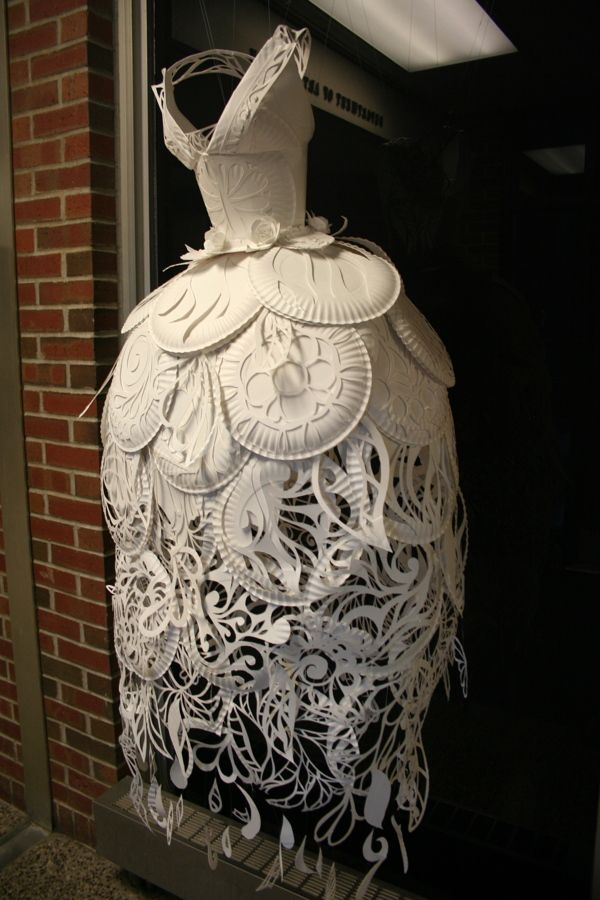 Paper Plate Dress by Ali Ciatti, via Behance - I really think Lady Gaga needs this in her outfit collection