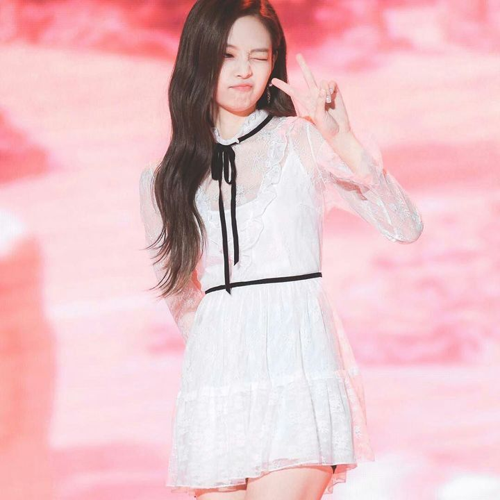 صور عضوات بلاك بينك Blackpink Fashion Jennie Kim Blackpink Blackpink Jennie