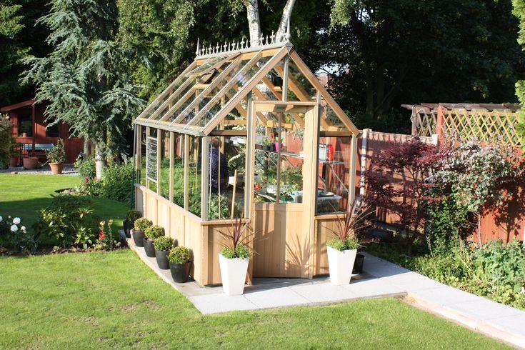 Alton cedar greennhouses vs aluminium greenhouses - Alton Greenhouses
