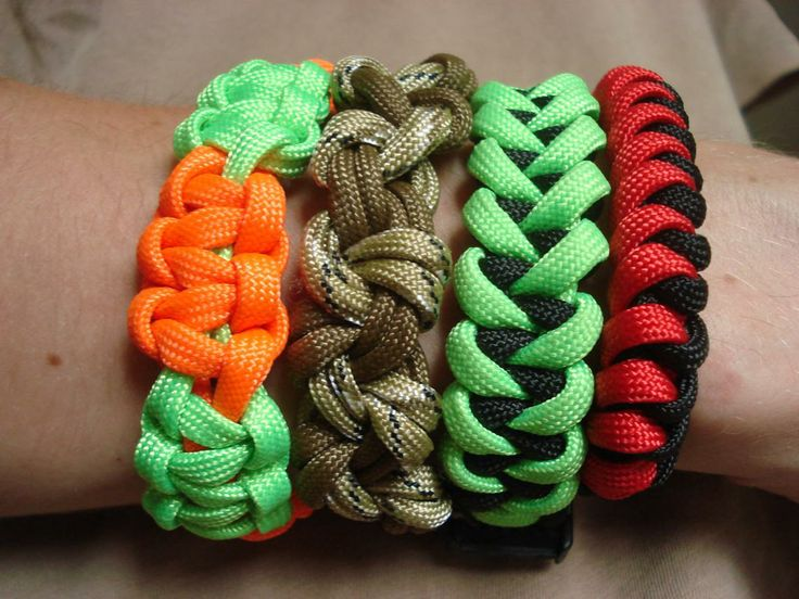 Cool bracelets paracord projects i really like pinterest for Cool paracord projects