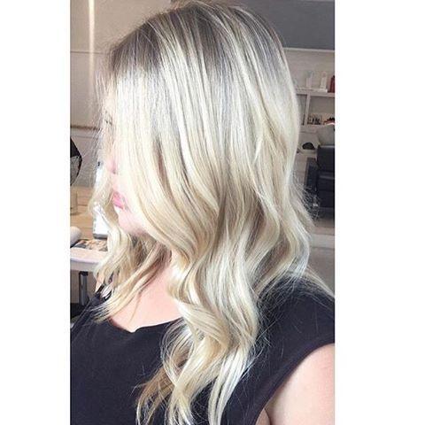 Fresh creamy blonde ✨✨✨ for @vivalablonde coloured with @wellapro_anz @olaplexau
