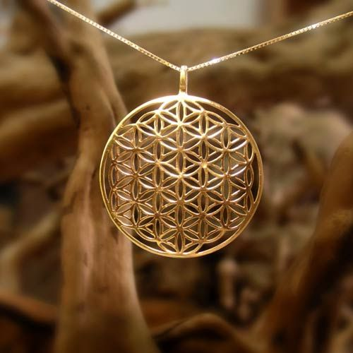 Flower of Life Pendant - Gold - An Excellent Tool for Healing.  The whole universe in one jewel!  The Flower of life pendant is excellent for healing, and it helps you connect to your higher self.   Where Math, Geometry and Spirituality meet The flower of life shape contains a secret shape known as the fruit of life.  It consists of 13 spheres that hold many mathematical and geometrical laws.