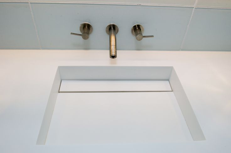 White corian integrated sink and countertop main bath - Corian bathroom sinks and countertops ...