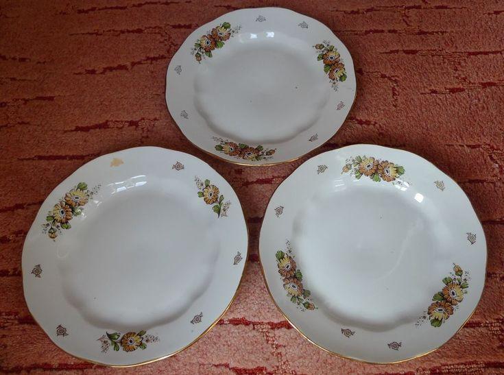 Vintage USSR Latvia Porcelain Riga Factory RPR 3 dinner plate w. floral pattern