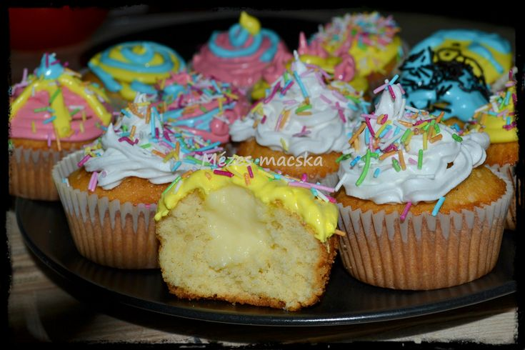 Tonkababos cupcake vaníliapudinggal - Cupcake with tonka bean and vanilla cream