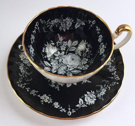 Black Aynsley China Tea Cup & Saucer                                                                                                                                                                                 Mais