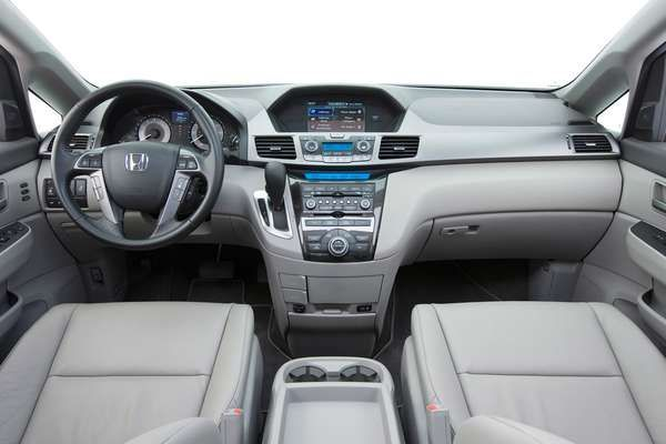 Baby-Friendly Minivans - The 2011 Honda Odyssey Can Fit Three Child Car Seats in One Row