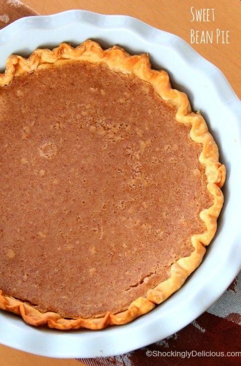Beans in your dessert? YES! Sweet Bean Pie   Bean Pie Dessert Recipe   ShockinglyDelicious.com #SundaySupper