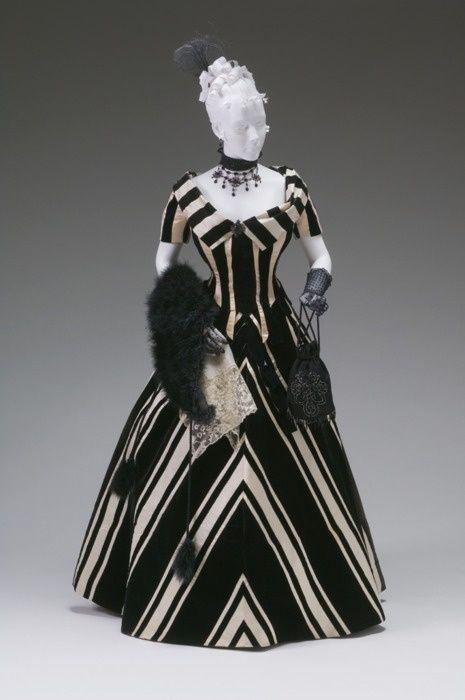 Gorgeous Evening Dress, Jacques Doucet, 1890s, The Mint Museum (Via @TheDreamstress)