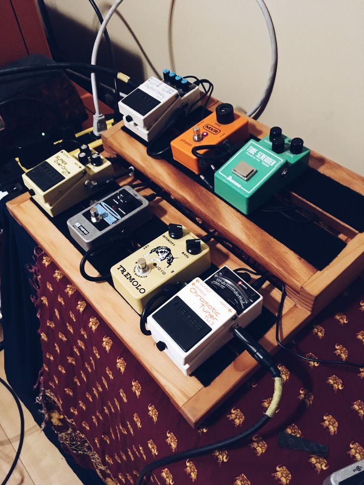 Custom fir pedal board