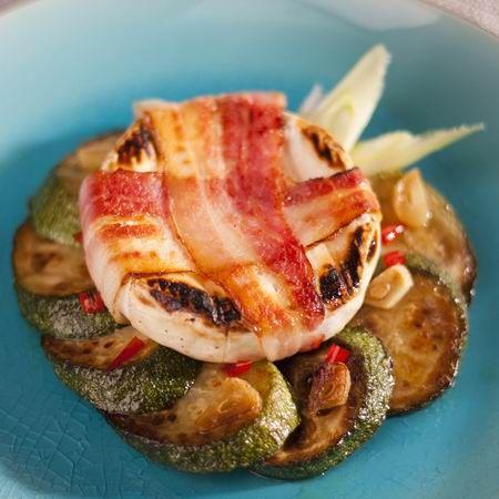 Baconben grillezett camembert chilis cukkinivel Recept képpel - Mindmegette.hu - Receptek