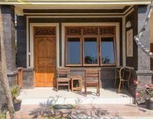 Front porch of your bungalow www.binginbungalows.com