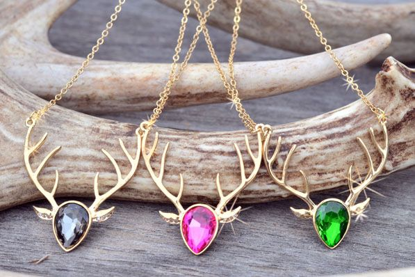 Buck Head Hunting Necklace... love these!
