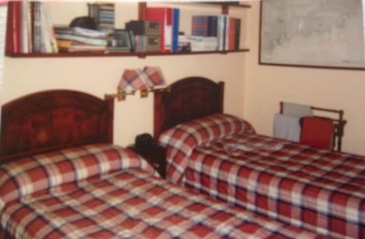Una fotografía de como era antes el dormitorio de la reforma...