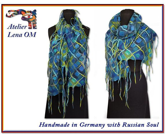 Разноцветный шарф с ромбами зеленый синий желтый длинный с