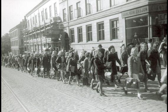 school kids walking to sagene skole, first day after world war ii