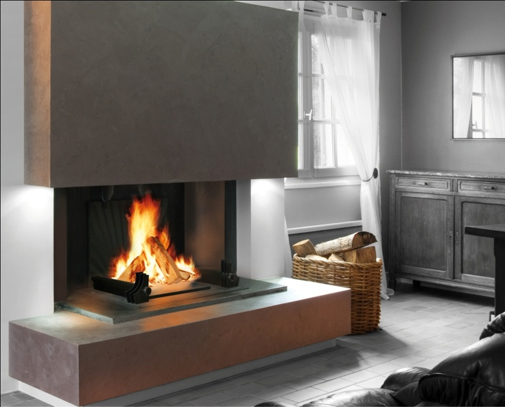 Donner une âme à votre foyer avec une belle cheminée qui crépite. Un système ingénieux 2 en 1 avec une foyer ouvert qui se transforme en poêle.  www.atryhome.com  www.atredesign.fr