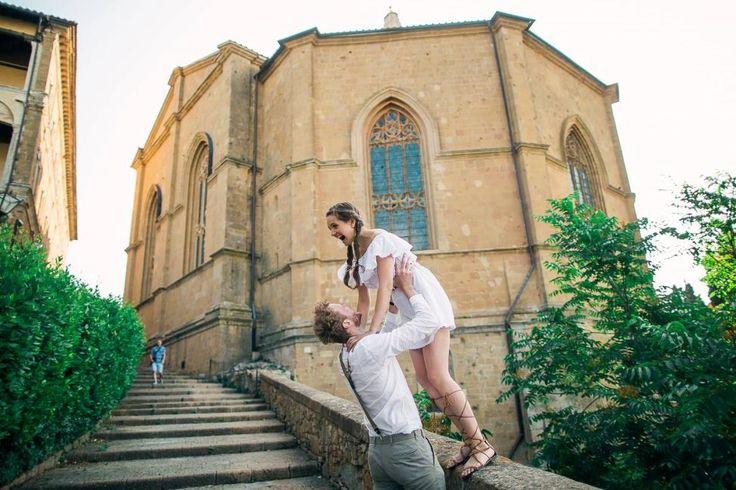 Love story in Tuscany. Engagement shooting in Tuscany, Italy. Лав стори в Тоскане, Италия, Организация свадьбы в Италии - Caramel Events