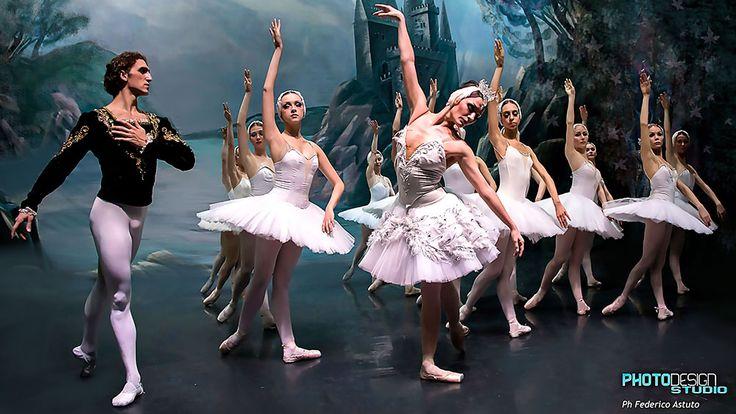 «Il Lago dei Cigni» al Mandanici con il Balletto di Mosca - http://www.canalesicilia.it/lago-dei-cigni-al-mandanici-balletto-mosca/ Balletto di Mosca, Il Lago dei Cigni, Teatro Mandanici