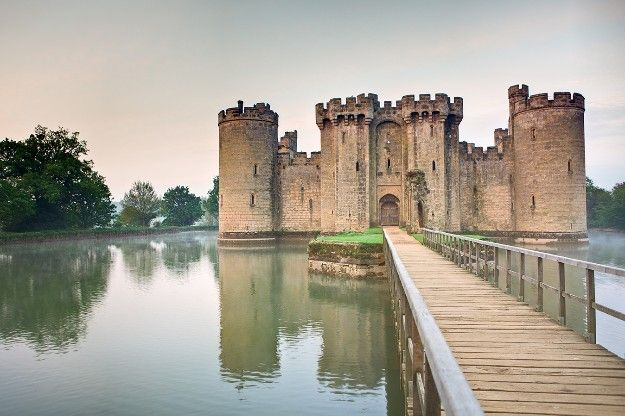 Castillo Bodiam, en East Sussex, Inglaterra