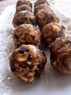 Peanut Butter Chocolate Chip Oatmeal Power Bites on Shockingly Delicious
