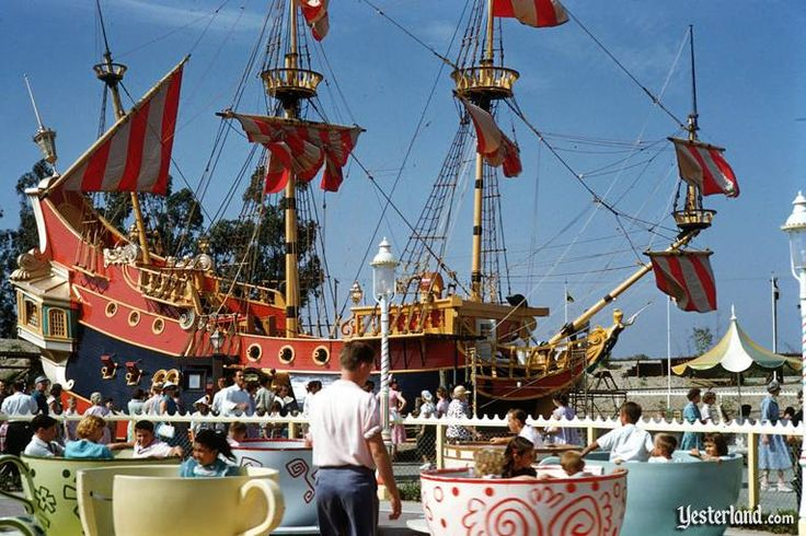 There was once a Pirate Ship Restaurant in Disneyland. It was meant to be moved when they remodeled but it crumbled instead. What kind of food did they serve there? TUNA!