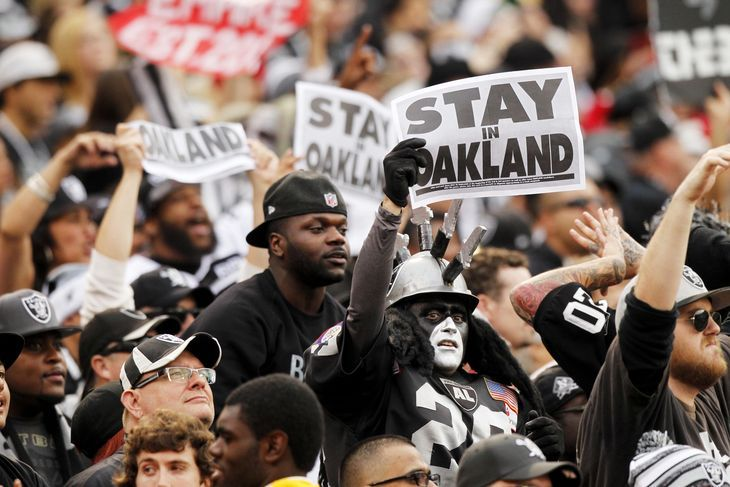 Raiders vs. Browns: Game Time, TV Schedule, and Interesting Nuggets -  By Chris Pokorny  @DawgsByNature on Sep 26, 2015, 2:31p