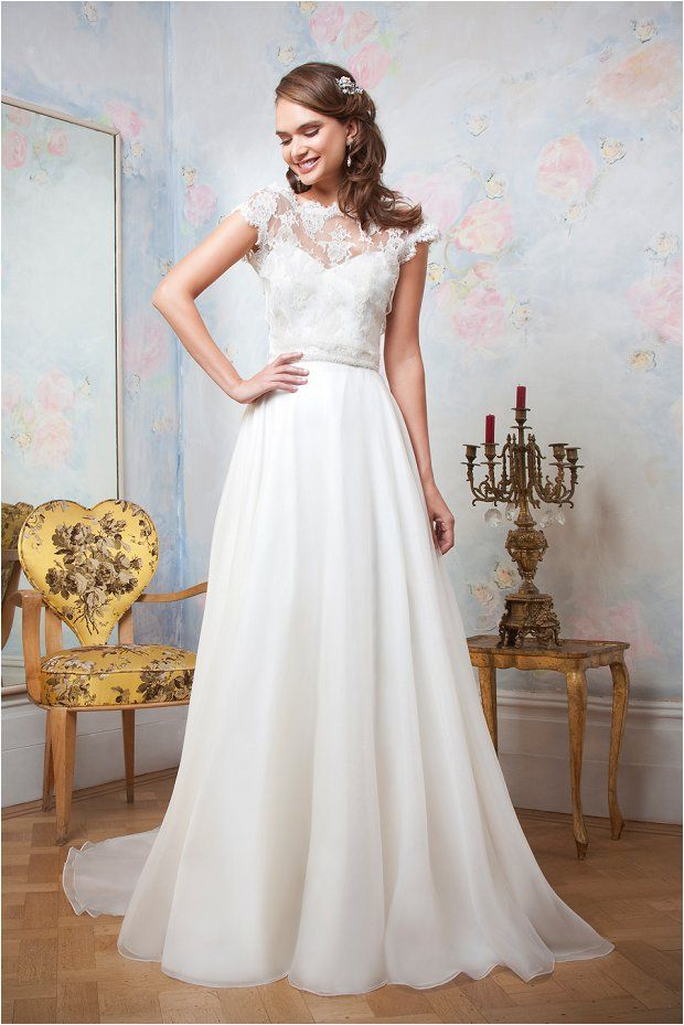 the emma hunt autumn wedding dress sample sale