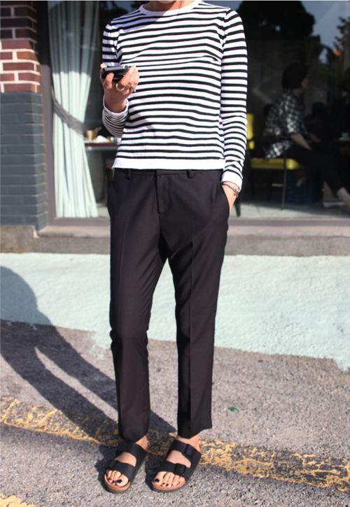 Breton top, casual trousers, sliders